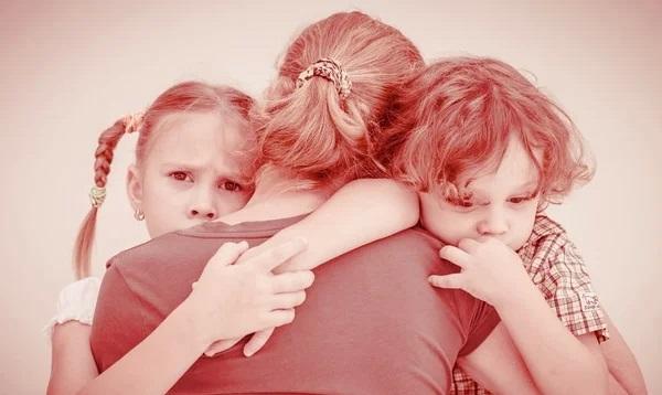 Моя подруга оказалась одна с детьми, но я её не жалею! Вот почему!