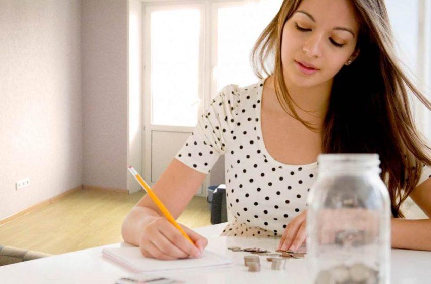 Экономная сестра дала мне советы, как правильно распоряжаться небольшими деньгами, при этом ни в чем себе не отказывая