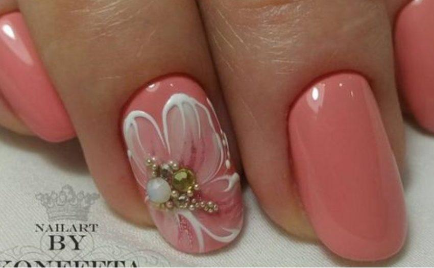Сочный персиковый цвет на ногтях: 20 замечательных идей