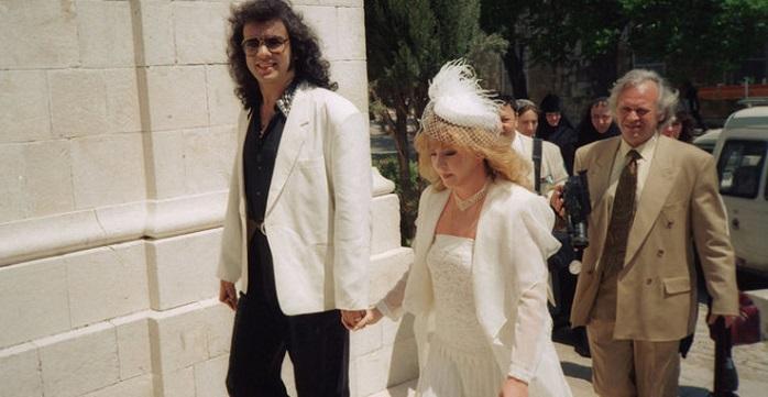 Почему давняя подруга Примадонны решила выложить снимки с бракосочетания Киркорова и Пугачевой?